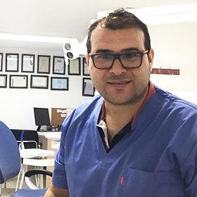 Стоматолог в Нетании. Имплантация зубов в Нетании. Стоматологическая клиника в Нетании. Зубной врач в Нетании.