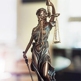 Адвокат в Петах-Тикве Натали Капат. Нотариус в Петах-Тикве. Банкротство в Израиле. Сделки с недвижимостью в Израиле.