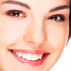 Стоматолог в Реховоте. Стоматологическая клиника в Реховоте. Имплантация зубов в Реховоте.